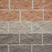 Что лучше, кирпич или бетонные блоки