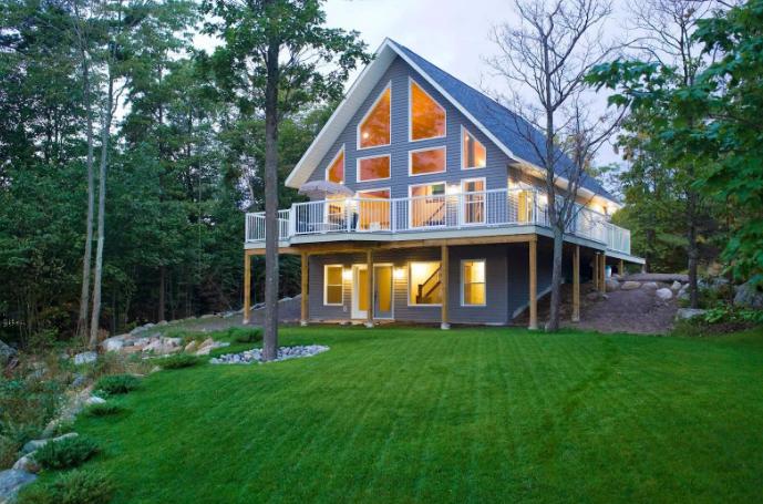 Загородный дом: покупать, или строить?